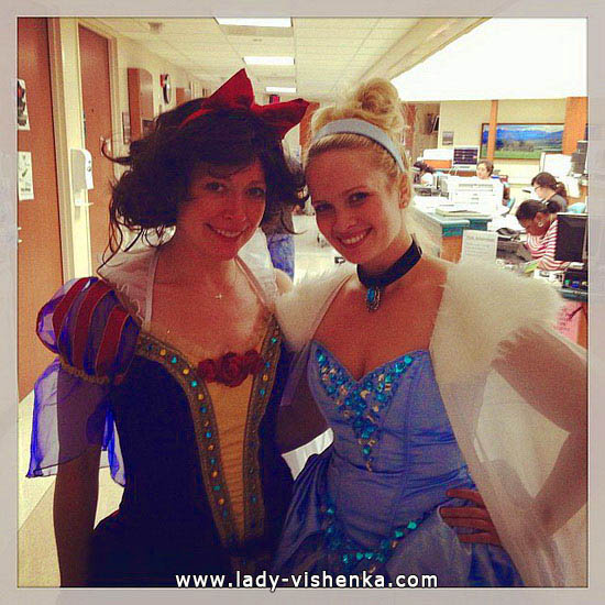 21. Disney Costumes for adults - Cinderella