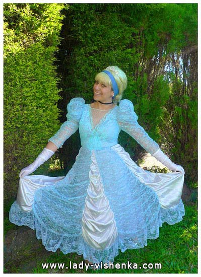 4. Disney Costumes for adults - Cinderella