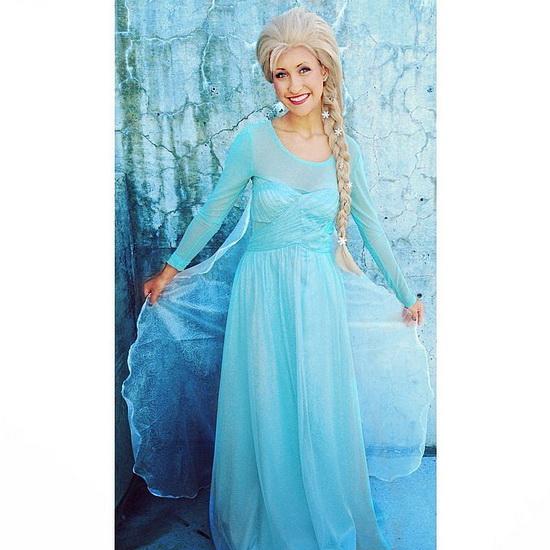 20. Halloween costumes Frozen - Anna, Elsa, Olaf