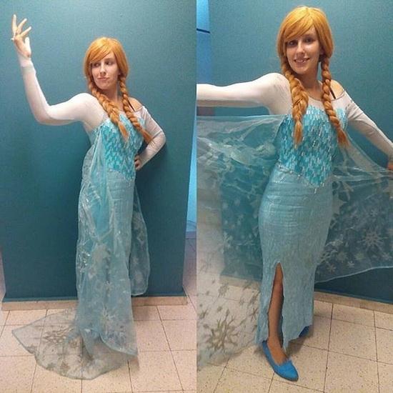 21. Halloween costumes Frozen - Anna, Elsa, Olaf