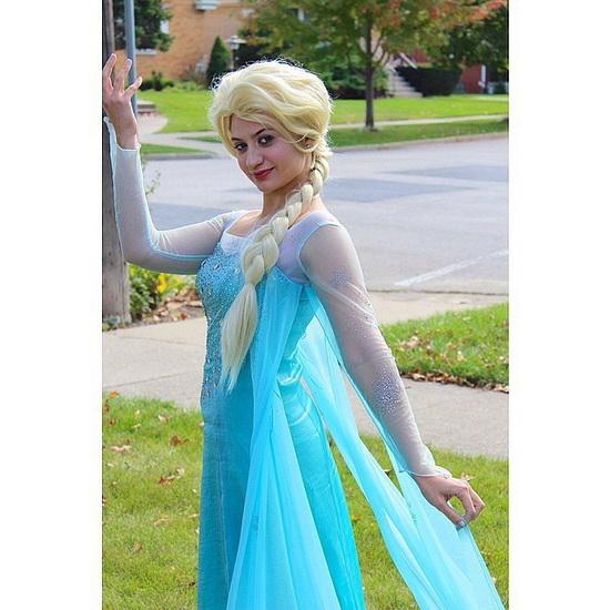 24. Halloween costumes Frozen - Anna, Elsa, Olaf