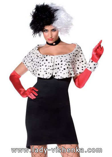 Cruella de Vil costume ideas