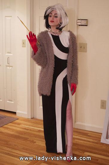 Cruella Deville adult costume