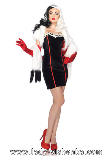 Cruella Deville fancy dress costume