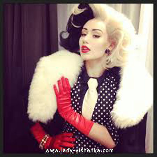 Cruella Deville costume adults