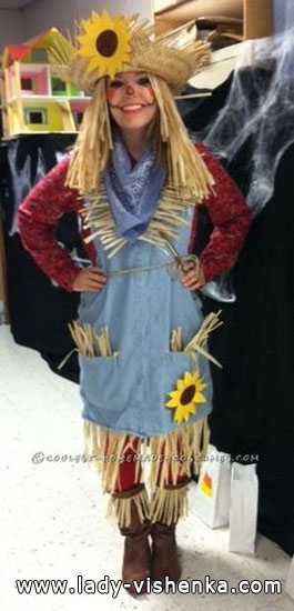 Scarecrow costume for adults