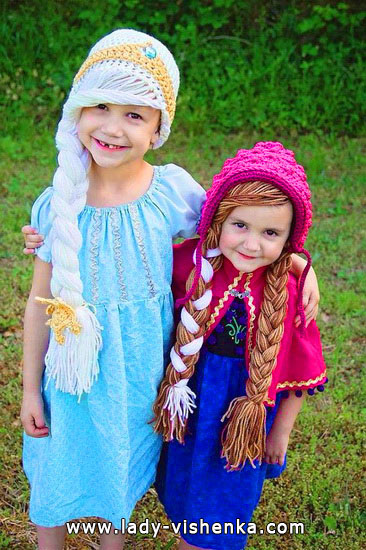 Halloween costumes for kids / girls - Anna and Elsa