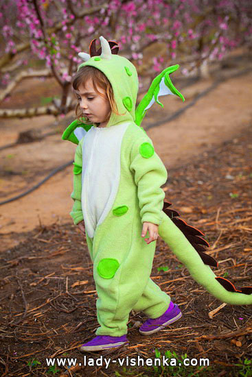 51. Halloween costumes for kids / girls (1-3 years)