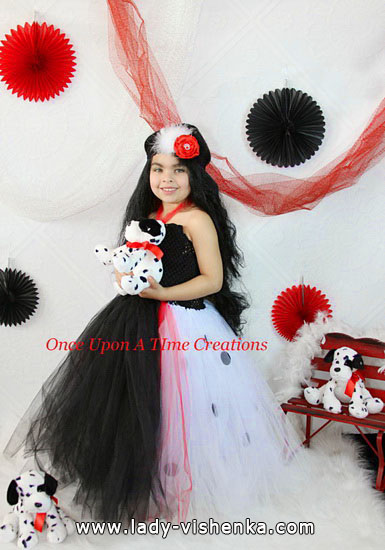 Halloween costumes for kids / girls - Cruella de Ville