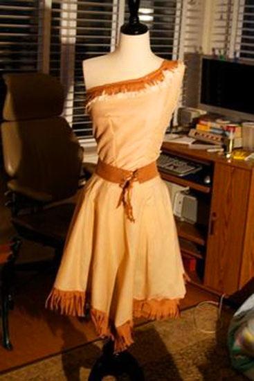 11. Pocahontas costume
