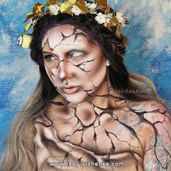 1. Halloween makeup