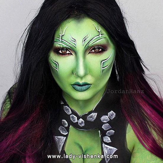 5. Halloween makeup