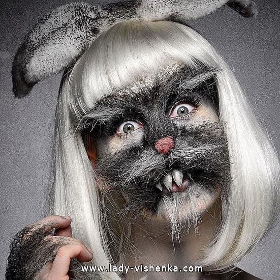 22. Halloween makeup