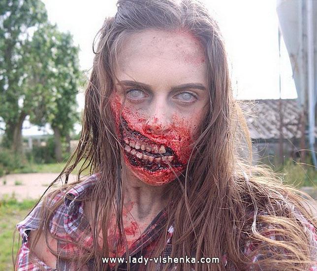 23. Halloween makeup