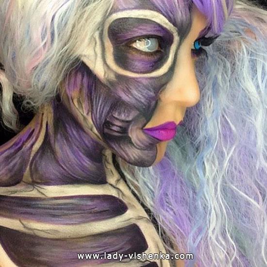 29. Halloween makeup
