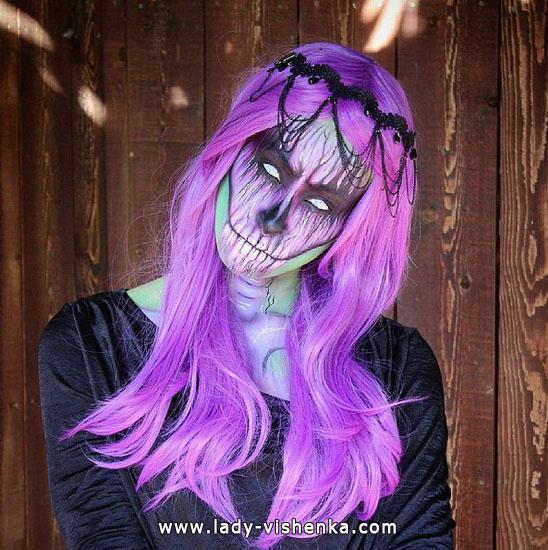 33. Halloween makeup