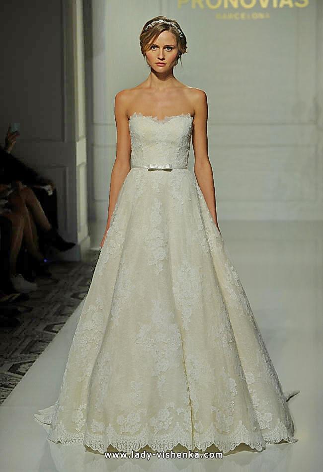 Long lace wedding dress 2016 - Pronovias