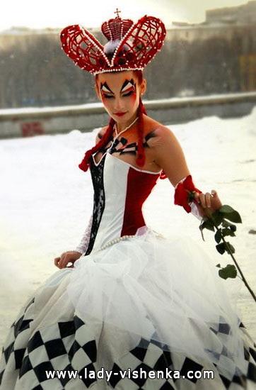 Queen Halloween costumes