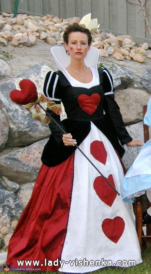 52. Queen of Hearts Costume