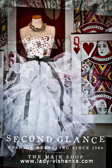 57. Queen of Hearts Costume