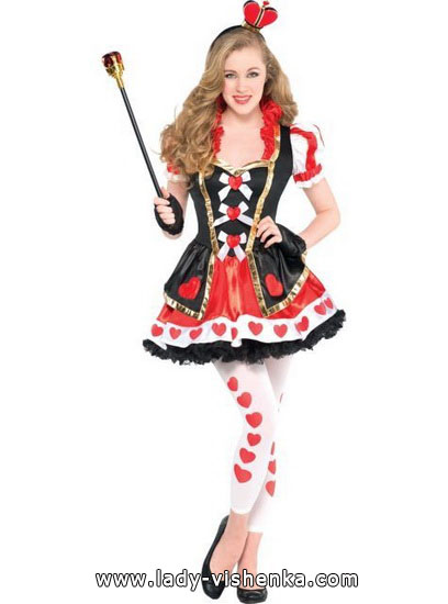 61. Queen of Hearts Costume