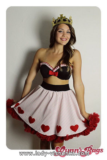 63. Queen of Hearts Costume