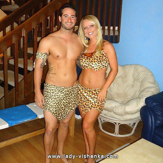 11. Sexy Couples Halloween costumes