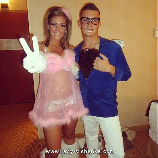 3. Sexy Couples Halloween costumes