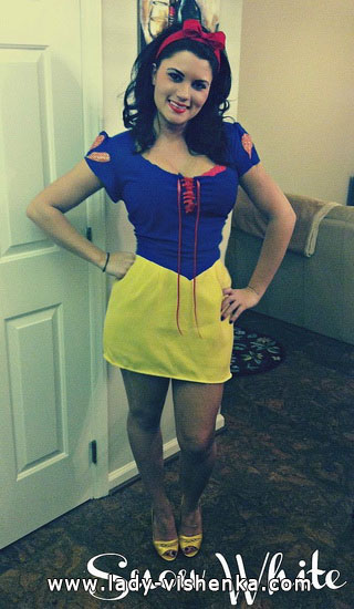 a Snow white Costume for Halloween mini dress