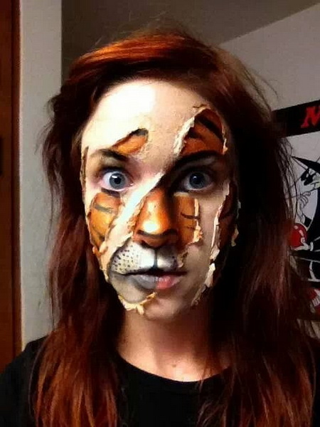 8. Scary Halloween Makeup