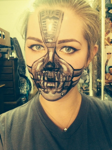 4. Scary Halloween Makeup