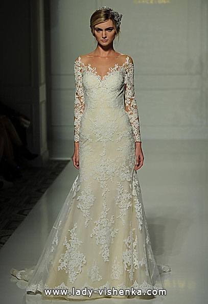 Wedding dresses with lace sleeves - Pronovias
