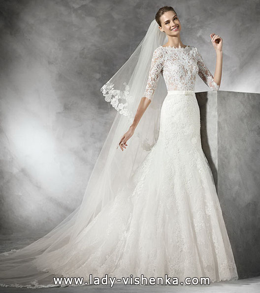 Wedding dress with lace sleeve Pronovias