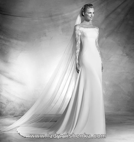 Satin wedding dress with lace sleeves - Pronovias