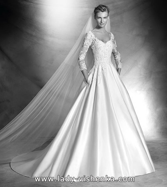 Wedding dresses with lace sleeves photos new - Pronovias